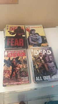 Selling my entire walking dead collection Toronto, M1B 1C3