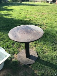 Small Wood table. Could be an end table or a table for a bistro set of chairs  Cookeville, 38501