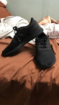 Pair of black adidas low-top sneakers Vancouver, V5V 2G2