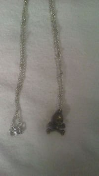 silver-colored chain necklace with pendant Edmonton, T5Y 4M2