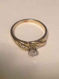 New Gold-colored and Diamond ring Minnedosa, R0J