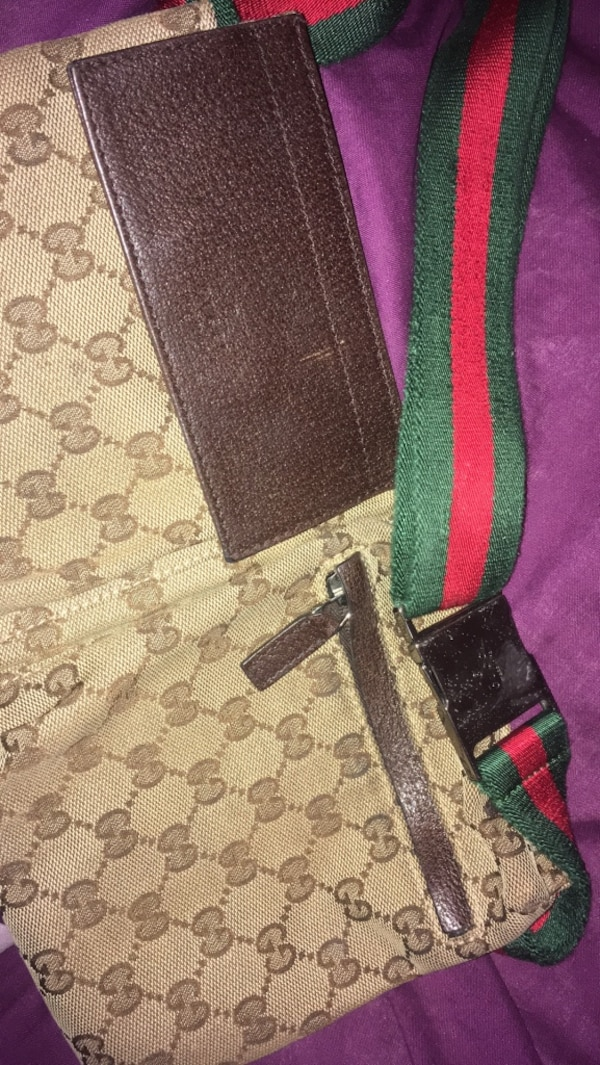 80cfb189f98 Used black and red Gucci leather belt for sale in Liverpool - letgo