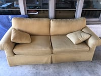 Couch for sale Charleston, 29403