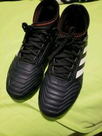 ADIDAS Indoor soccer shoes, only use three times