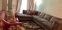 Tufted gray fabric sectional sofa Whitby, L1N 8Z3