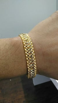 Gold Plated Wide Clasp Bracelet