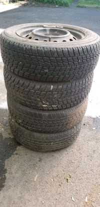 4 Winter tires with wheels 175/65/14 Laval