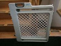 Extendable Baby Gate/Portable Gate/Pet Gate/Safety Calgary, T3K 4M2