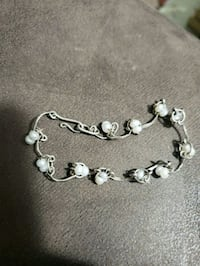 Sterling silver and genuine pearls Creve Coeur