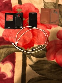 Samsung S5 with Accessories  Whitchurch-Stouffville, L4A 1X8