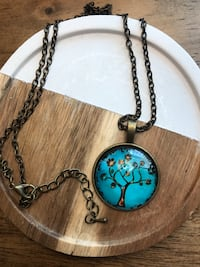 Family tree bronze necklace. New  Spring, 77389
