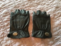 Women's Harley Davidson gloves size Small. Altoona, 50317