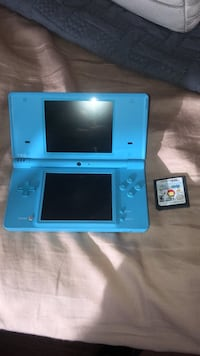 Blue DSi and game 255 mi