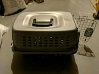 Small pet travelling case Calgary, T3G