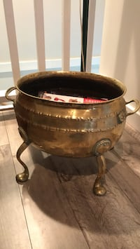 Brass coal bucket New Westminster, V3L 1T6