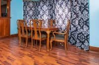 Table and 6 chairs Ankeny, 50023