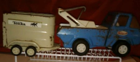 1970's Tonka Stables pressed steel truck and trailer