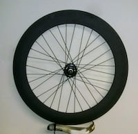 black and gray bicycle wheel 44 km