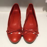 Red leather flats - 39 (8-8.5) 3745 km