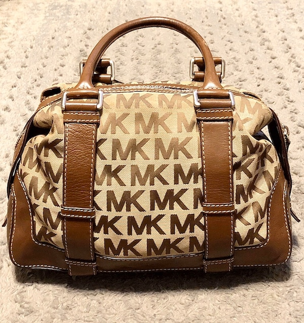 Michael Kors brookville bag Paid $348 Like new! Pristine condition  5952b140-9d48-4535-ab7f-e4831ff4ad73