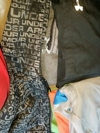 Under armour clothes  Springfield