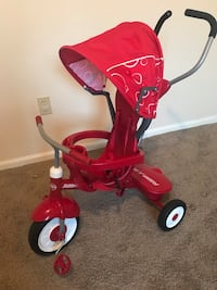 Radio flyer 4 in 1 trike -excellent condition tricycle  Columbus, 43016