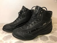 (412A) Girl's Winter Boots ECCO - Size 7Y