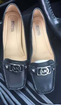 Michael Kors black leather loafers Toronto, M6E 1R6