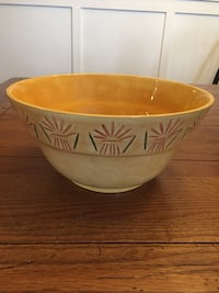 Yellow serving bowl Sterling, 20165