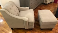 2 tufted accent chairs with ottomans Dallas, 75215