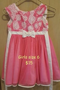 Girls size 6 holiday dress