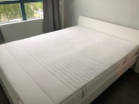 Ikea queen size bed frame and lonset base slat