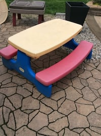 blue and beige plastic picnic table Ottawa