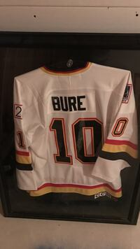 Bure 10 jersey Vancouver signed with frame  Richmond Hill, L4S 0X1