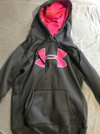 Under Armour - Pink and grey hoodie Oshawa, L1G 5M6