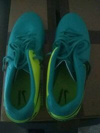 pair of blue Nike soccer cleats Oxnard, 93030