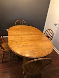Dining table and 4 chairs Oakville, L6M 3G7