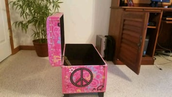 Kids Peace chest