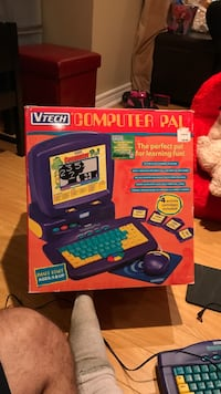 V Tech Computer with 4 cartridges box and manual Vaughan, L4H 0G5