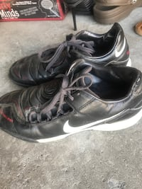 Nike indoor soccer cleats
