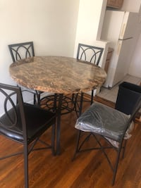 3.5 foot diameter table w 4 chairs  New York, 11385
