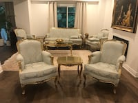 2 Classic chairs with table Markham, L3T 5T1