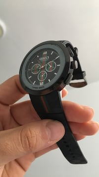 Gucci watch , needs a new battery because the battery died perfect condition Essex, 21221