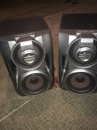 Sony speakers with dual subs Edmonton, T5T 4N9