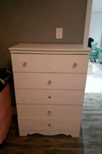 white wooden 5-drawer chest with night table  Brampton, L6P 2A1