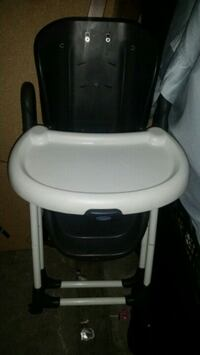 baby's white and black high chair Colton, 92324