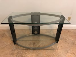 """""""NEW"""" BEAUTIFUL 3 TIER GLASS ENTERTAINMENT TABLE!!!"""