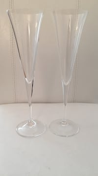 Two champagne flutes glasses