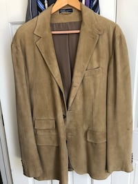 Ralph Lauren Suede Jacket XL was originally $1,000 when purchased new. Great coat for work or a night out! Burr Ridge, 60527