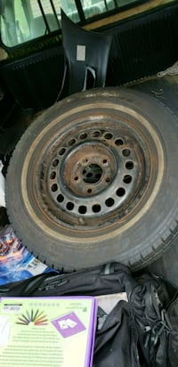 gray bullet hole car wheel with tire Florence, 41042